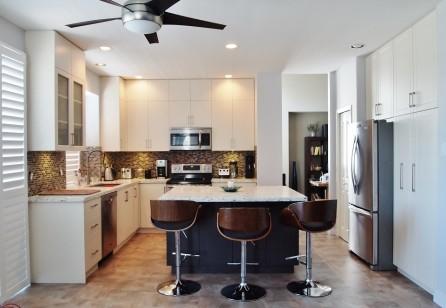 Modern White Custom Kitchen Cabinets